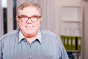 Dr. Peter J. Schleicher